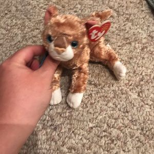 Ty Beanie Baby Mattie the Cat